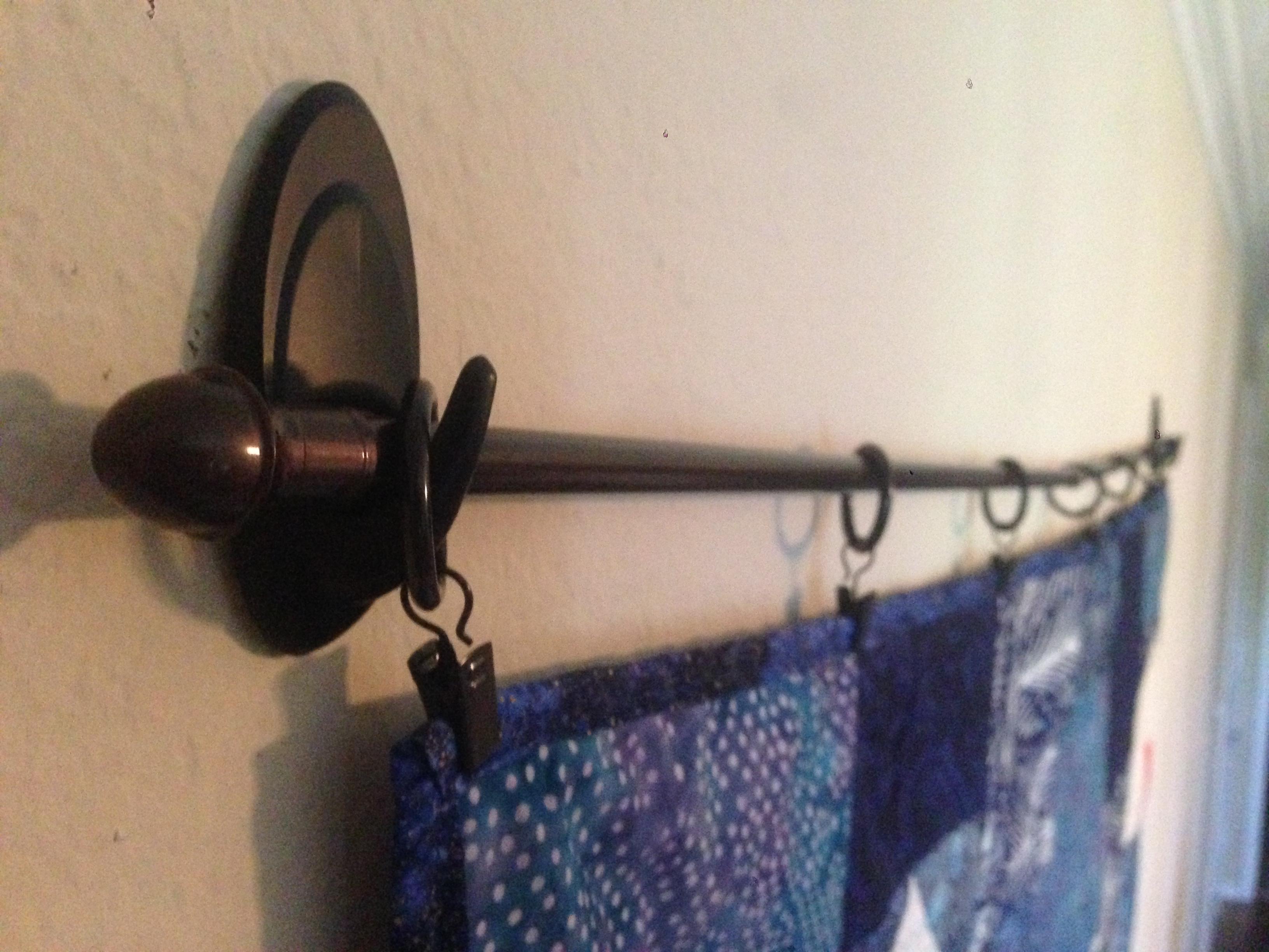 Project Pinterest Diy No Sew No Holes Quilt Hanger The