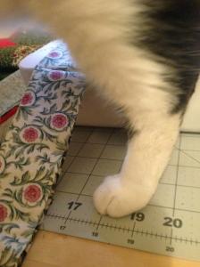 The Amateur Librarian // Christmas Tree Skirt