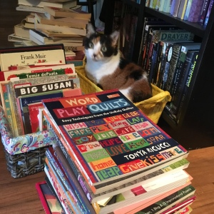 The Amateur Librarian // Meow Monday