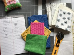 The Amateur Librarian // Round Robin Quilt